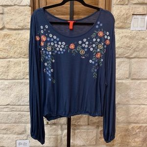 Chelsea and Violet Navy Embroiled Peasant Top XL